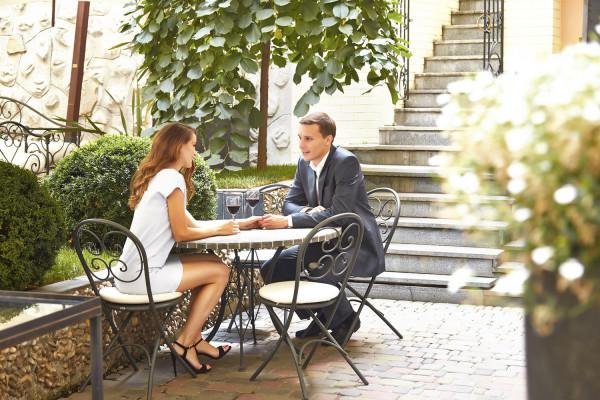 http://www.businessence.it/wp-content/uploads/2016/02/businessence_1-600x400.jpg